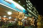 Отель Lopburi Inn