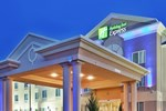 Отель Holiday Inn Express Yreka-Shasta Area