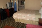 Отель Executive Inn and Suites Springdale