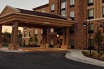 Отель Holiday Inn Express Hotel & Suites Wichita Northeast