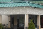 Отель GuestHouse Inn and Suites Williamstown - Marietta