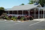 Отель Lakeshore Lodge