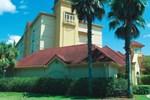Отель La Quinta Inn & Suites Orlando UCF