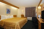 Отель Sleep Inn & Suites Near Ft. Bragg