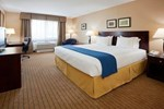 Отель Holiday Inn Express DEVILS LAKE