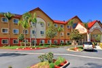Отель Comfort Suites Stevenson Ranch