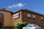 Отель Econo Lodge Streetsboro