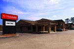 Отель Econo Lodge Suffolk
