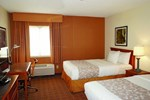 Отель La Quinta Inn & Suites Tampa Brandon West