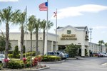 Отель Quality Inn & Suites Near Fairgrounds Ybor City