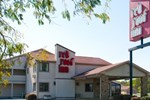 Отель Red Roof Inn Columbus - Taylorsville