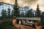 Отель The Peaks Resort and Spa