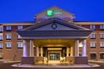 Отель Holiday Inn Express Hotel & Suites Shakopee