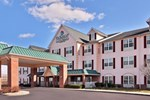 Отель Country Inn and Suites Shepardsville