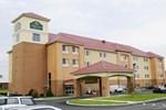 Отель La Quinta Inn & Suites Plainfield