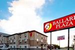 Отель Ballard Plaza