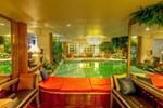 Отель Diamond City Hotel