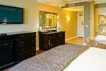 Отель La Bellasera Hotel & Suites