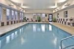 Отель La Quinta Inn & Suites Stonington