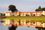Отель Quality Inn & Suites Mount Dora
