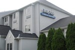 Отель Bridgepointe Inn & Suites