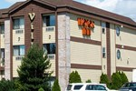 Отель Village Inn & Suites Marysville