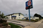 Motel 6 Milwaukee South - Airport