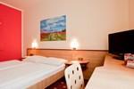 Отель Hotel Die kleine Sonne