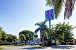 Отель Motel 6 Lantana