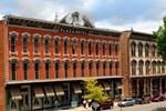 Отель Historic Plaza Hotel