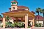 Отель La Quinta Inn & Suites Jacksonville Butler Boulevard