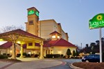 Отель La Quinta Inn & Suites Greenville Haywood