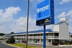 Отель Rodeway Inn & Suites Greenville