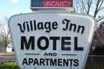Отель Village Inn Motel Holt