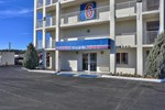 Отель Motel 6 Flagstaff East - Lucky Lane