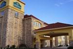 Отель La Quinta Inn & Suites Floresville