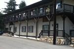 Отель Yough Valley Motel