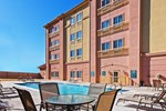 Отель La Quinta Inn & Suites Decatur