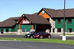 Отель White Oak Inn and Suites