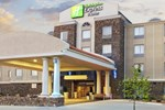 Отель Holiday Inn Express Searcy