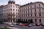Отель Slavia