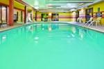 Отель La Quinta Inn & Suites Clarksville