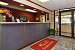 Отель Econo Lodge Cleveland
