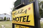 Отель Plaza Motel