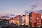 Отель DoubleTree by Hilton Portland - Beaverton