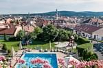 Отель Hotel Sopron
