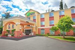Отель Holiday Inn Express Bothell - Canyon Park
