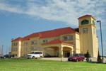 Отель La Quinta Inn & Suites Bridgeport