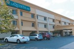 Отель La Quinta Inn Milwaukee West Brookfield