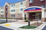 Отель Candlewood Suites Milwaukee Brown Deer
